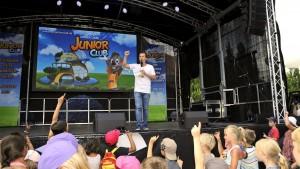 40 Jahre Europa-Park: TV-Moderator Benedikt Weber war beim Launch des Europa-Park JUNIOR CLUB dabei und eröffnete die bunte Online-Spielewelt. Quelle: europapark.de